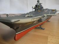 Сборная модель Звезда авианосец «Адмирал Кузнецов» 1:720
