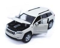 Коллекционный автомобиль Maisto Jeep Grand Cherokee 2011 1:24 (белый)