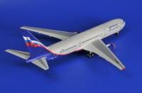 Сборная модель Звезда пассажирский авиалайнер Боинг «767-300» 1:144