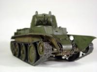 Сборная модель Звезда советский лёгкий танк «БТ-7» 1:35
