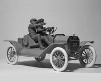 Сборные фигурки ICM Американские автоспортсмены, 1910-е гг. 1:24 (ICM24014)
