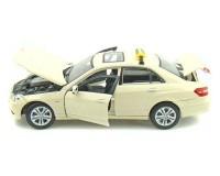 Коллекционный автомобиль Mercedes Benz E-Class German Taxi version (светло-жёлтый)