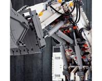 Конструктор LEGO Technic Экскаватор Liebherr R 9800, 4108 деталей (42100)