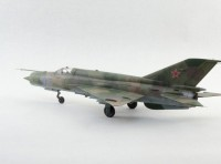 Сборная модель Звезда советский истребитель «МиГ-21БИС» 1:72
