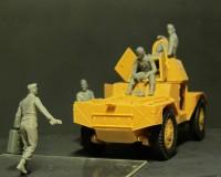Сборные фигурки ICM Экипаж немецкого бронеавтомобиля, 1941-1942 гг. 1:35 (ICM35614)