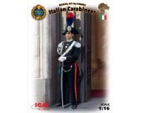 Сборная модель ICM фигурки итальянского карабинера 1:16 (ICM16003)