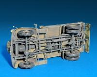 Сборная модель MiniArt Немецкий полноприводной грузовой автомобиль MB 1500A 1:35 (MA35150)