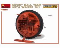 Сборная модель MiniArt советского шаротанка на лыжах и с интерьером 1:35 (MA40008)