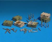 Сборная модель MiniArt Советские 45-мм снаряды с ящиками 1:35 (MA35073)