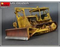 Сборная модель MiniArt американского бульдозера 1:35 (MA38022)