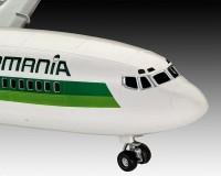 Подарочный набор Revell с моделью пассажирского самолета Boeing 727-100 Germania 1:144 (RVL-63946)