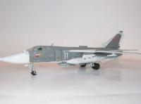 Сборная модель Звезда советский фронтовой бомбардировщик «Су-24» 1:72