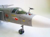 Сборная модель Звезда фронтовой бомбардировщик «Су-24М» 1:72