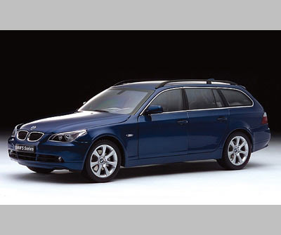 1 18 Bmw 5 Series 545i E61 Touring Mystic Blue Kyosho