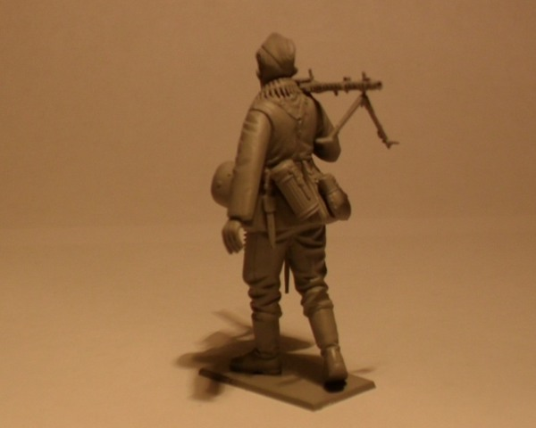 model-icm-wwii-german-infantry-1939-42-35-10.jpg