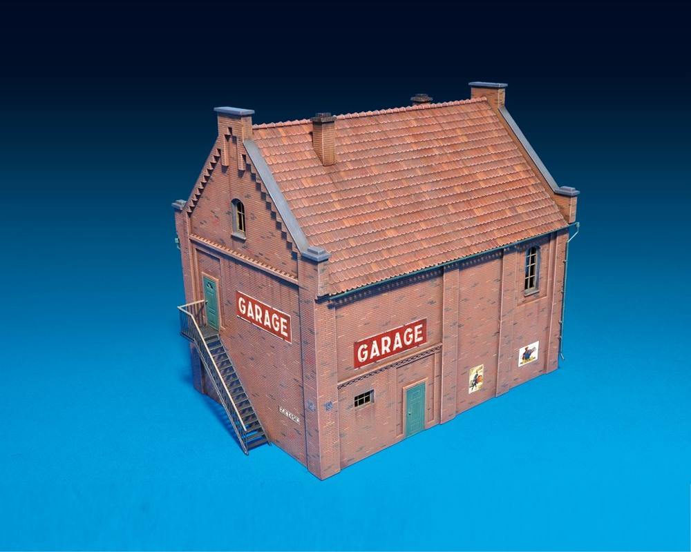 model-miniart-building-with-garage-72-3.jpg