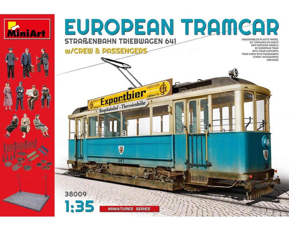 Сборная модель MiniArt Европейский трамвай с экипажем и пассажирами 1:35 (MA38009)
