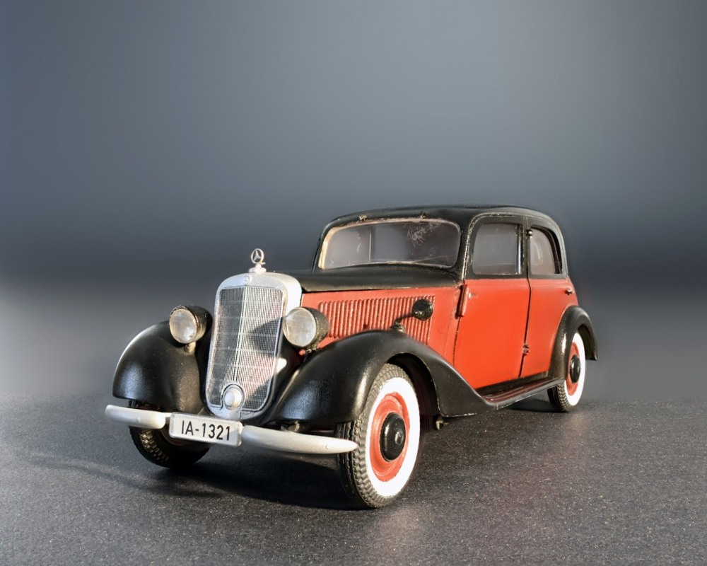 model-miniart-passenger-car-typ-170v-35-1.jpg