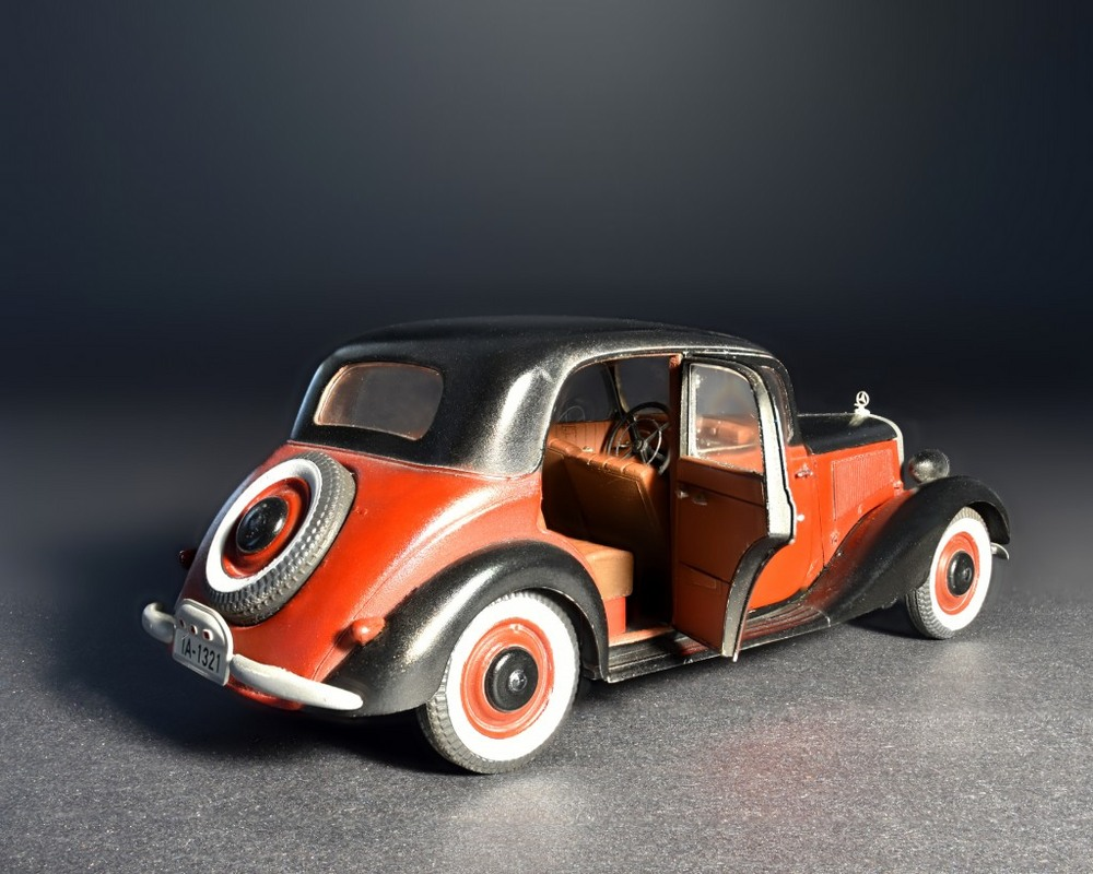 model-miniart-passenger-car-typ-170v-35-2.jpg