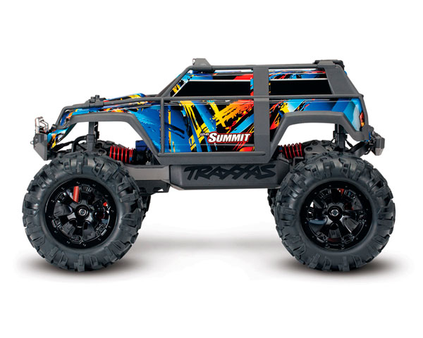 monstr-traxxas-summit-1-16-rtr-320-mm-4wd-2.jpg
