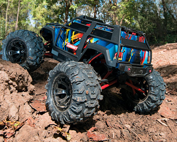 monstr-traxxas-summit-1-16-rtr-320-mm-4wd-6.jpg