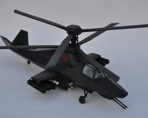 Сборная модель Звезда вертолет Ка-58 «Чёрный призрак» 1:72 (подарочный набор)