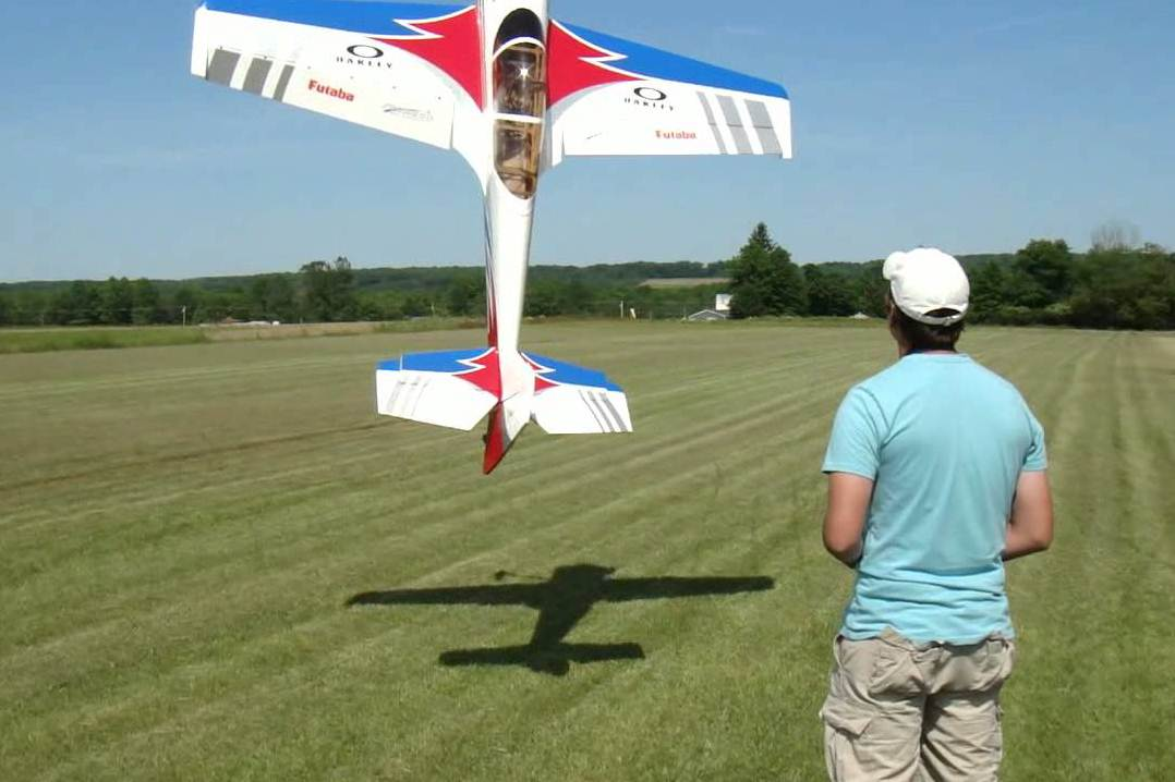 как научиться управлять радиоуправляемым самолетом